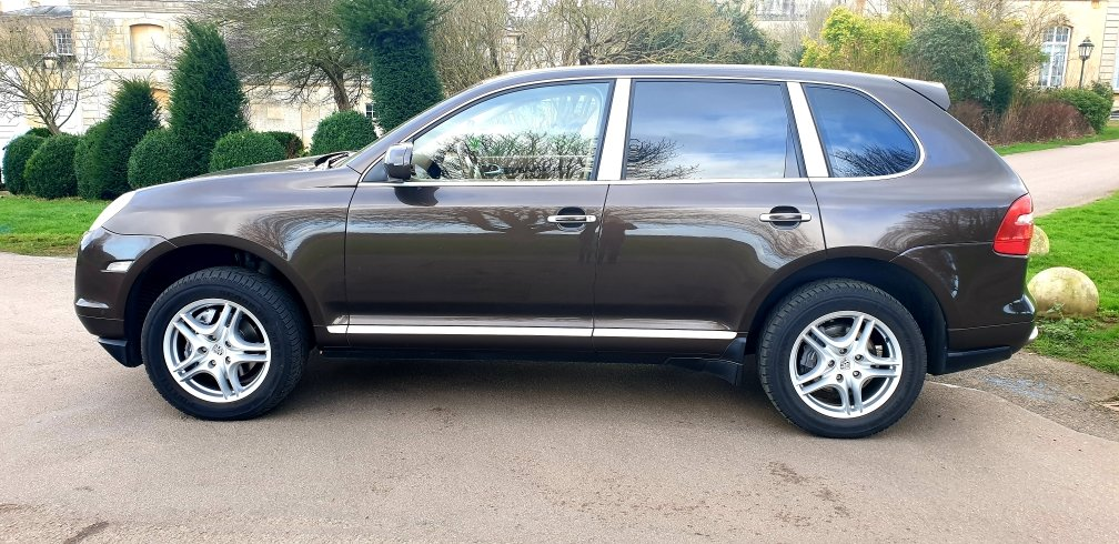 2009 LHD PORSCHE CAYENNE, 3.0 DIESEL, AUTO LEFT HAND DRIVE For Sale (picture 2 of 6)