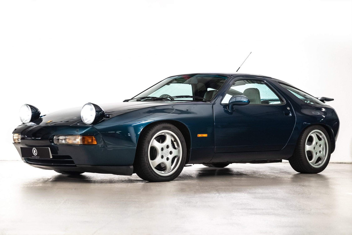 1994 Porsche 928 GTS RHD 16000 miles ex Jay Kay SOLD (picture 2 of 20)