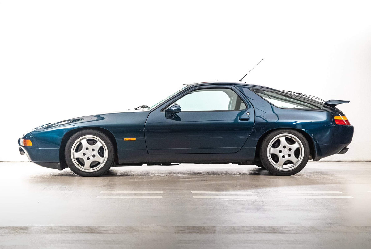1994 Porsche 928 GTS RHD 16000 miles ex Jay Kay SOLD (picture 3 of 20)