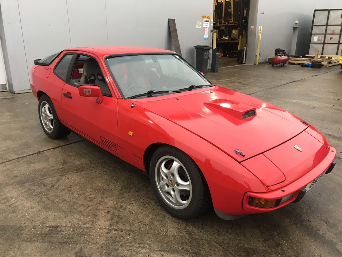 1987 Porsche 924s track/road car with parts car & MOT For Sale (picture 1 of 6)