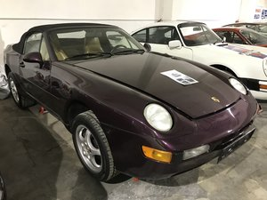 Porsche 968 Cabriolet - color violet