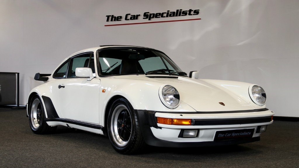 1989 3.3l 930 3.3 litre 300 bhp lhd **low mileage**  For Sale (picture 1 of 6)