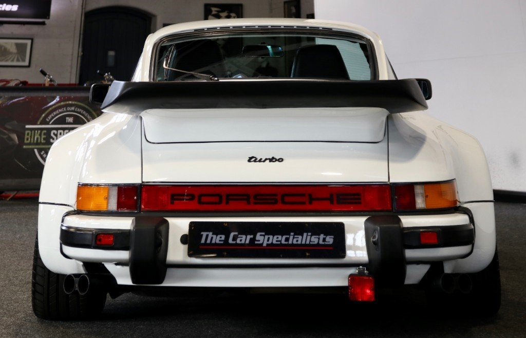 1989 3.3l 930 3.3 litre 300 bhp lhd **low mileage**  For Sale (picture 5 of 6)