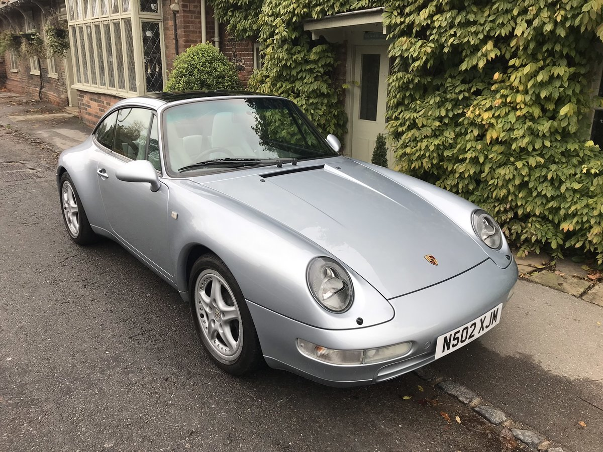1996 Beautiful and rare 993 Targa in stunning condition & history For Sale (picture 2 of 6)