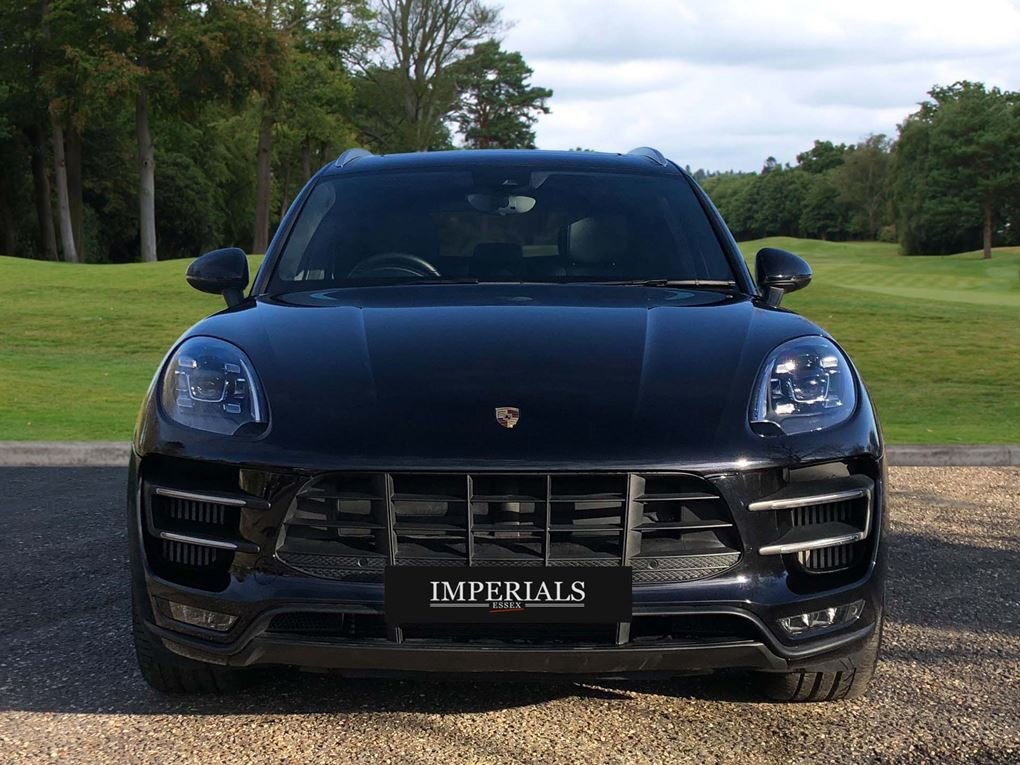 2018 Porsche  MACAN  TURBO PERFORMANCE PDK  59,948 For Sale (picture 10 of 24)