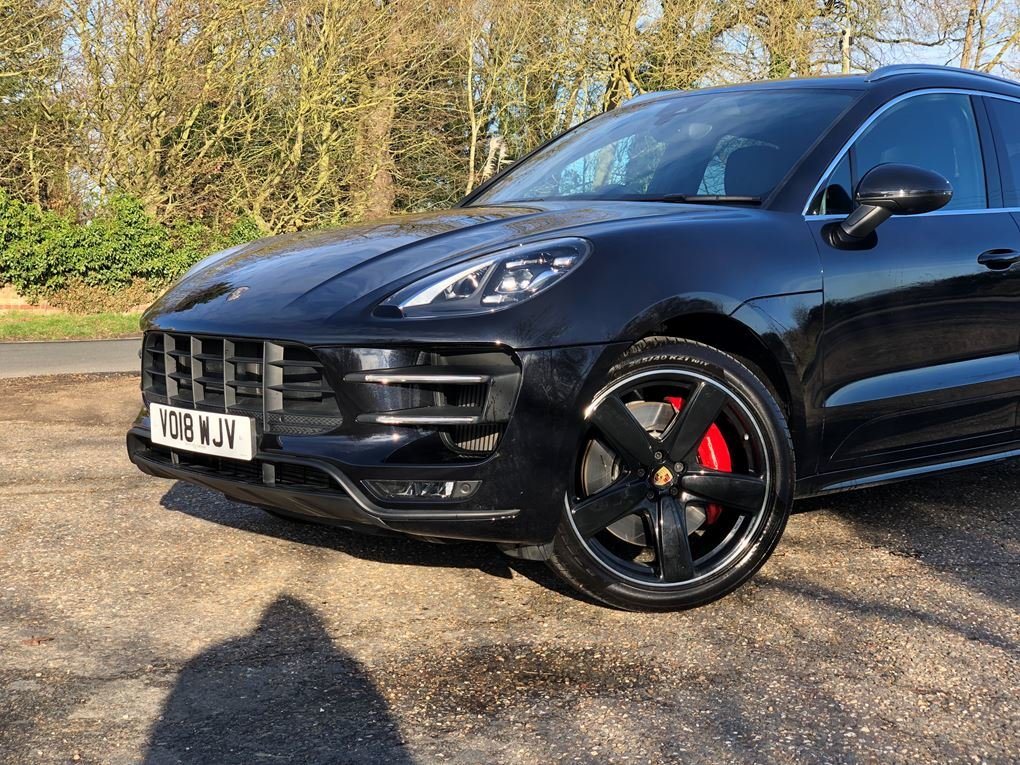 2018 Porsche  MACAN  TURBO PERFORMANCE PDK  59,948 For Sale (picture 21 of 24)