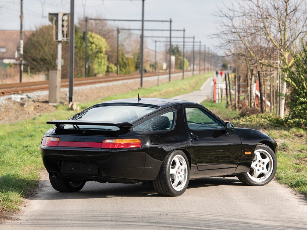 1992 Porsche 928 GTS  For Sale by Auction (picture 2 of 6)