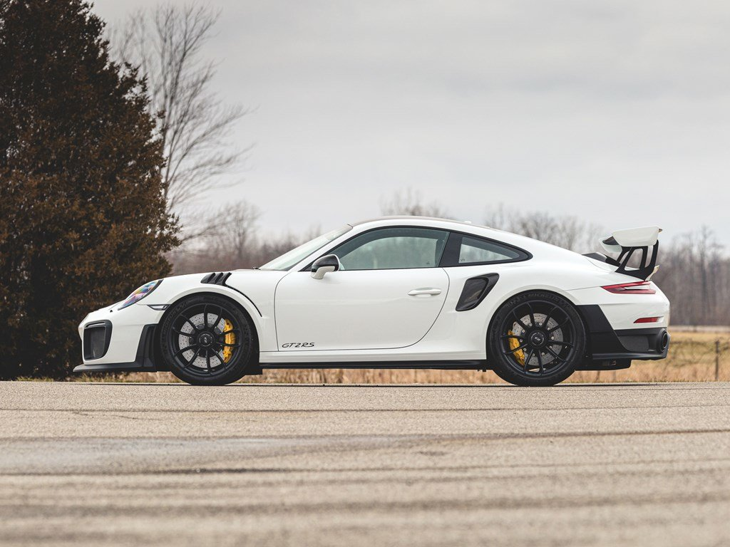 2019 Porsche 911 GT2 RS Weissach  For Sale by Auction (picture 5 of 6)