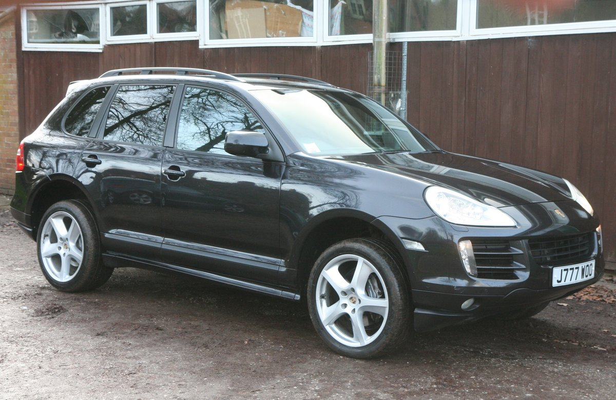 2010 Cayenne S D High spec full service history For Sale (picture 1 of 6)
