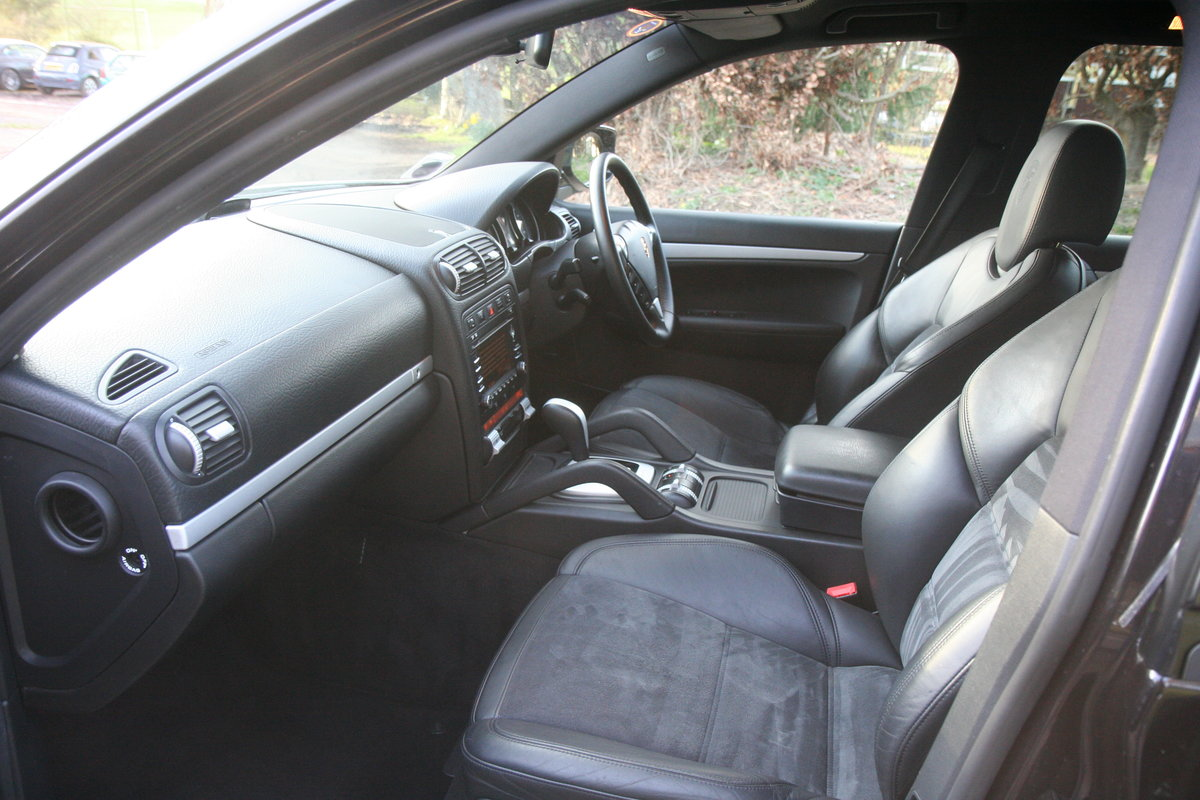 2010 Cayenne S D High spec full service history For Sale (picture 2 of 6)