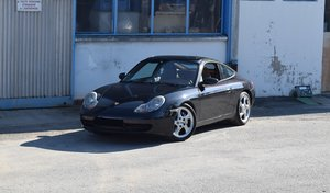 2000 Porsche 911 type 996 Carrera 4 Millenium For Sale by Auction
