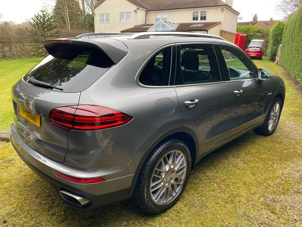 £29,950 : 2015 PORSCHE CAYENNE 3.0 TD AUTOMATIC For Sale (picture 3 of 6)