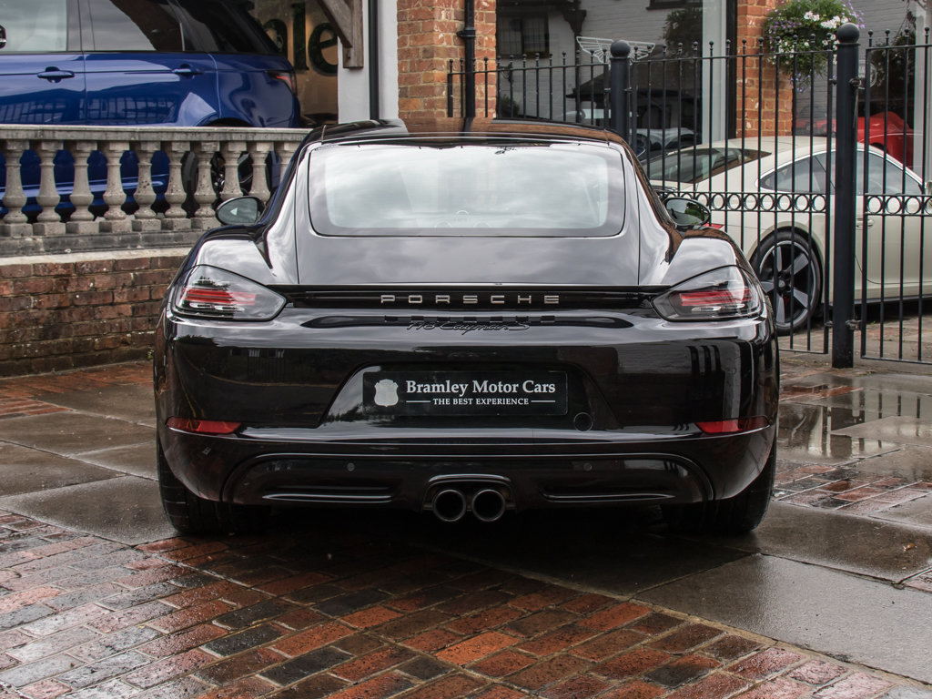 2018 Porsche  Cayman  718 Cayman S For Sale (picture 6 of 18)