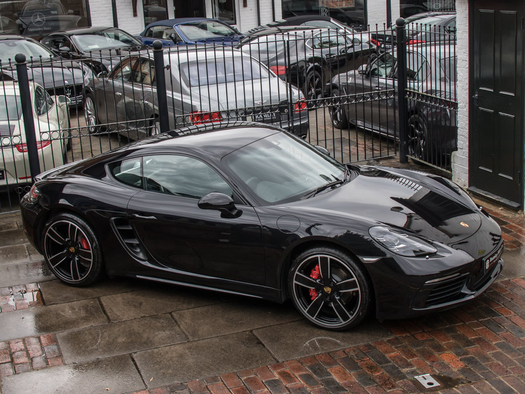 2018 Porsche  Cayman  718 Cayman S For Sale (picture 8 of 18)