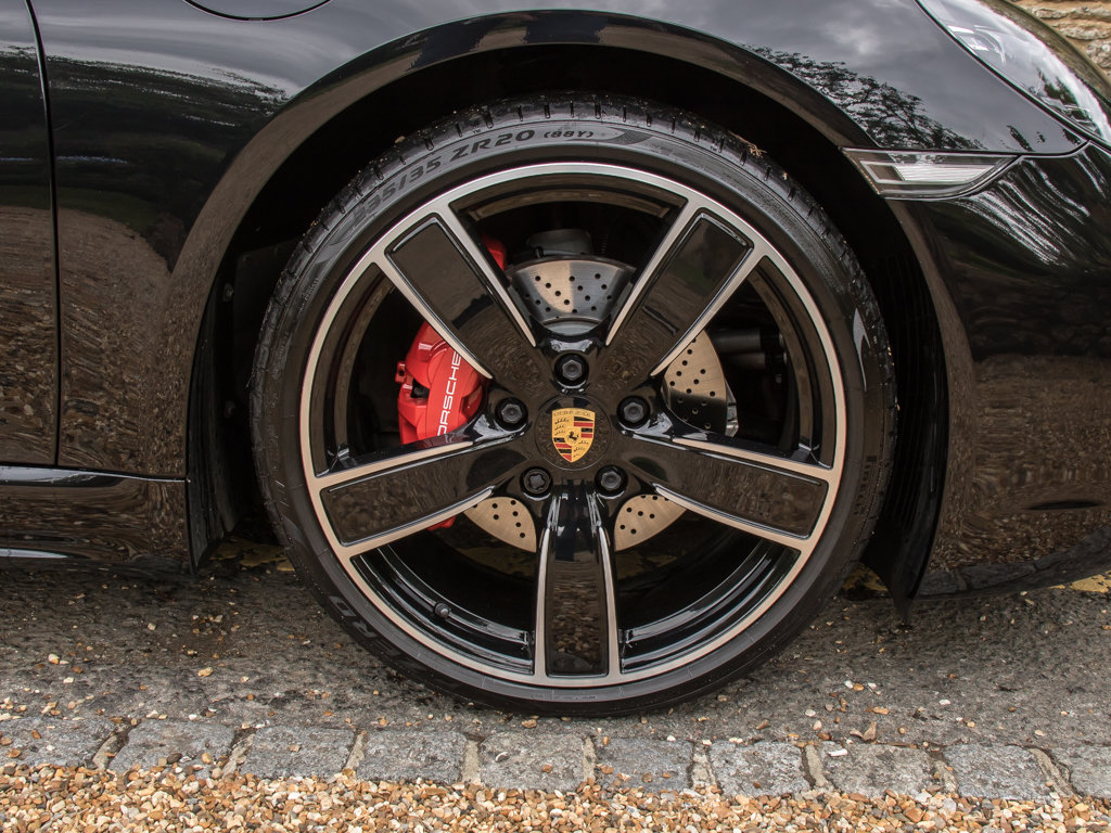 2018 Porsche  Cayman  718 Cayman S For Sale (picture 9 of 18)
