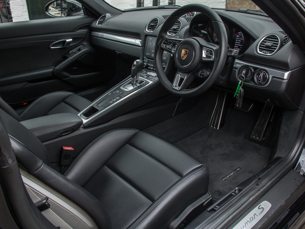 2018 Porsche  Cayman  718 Cayman S For Sale (picture 11 of 18)