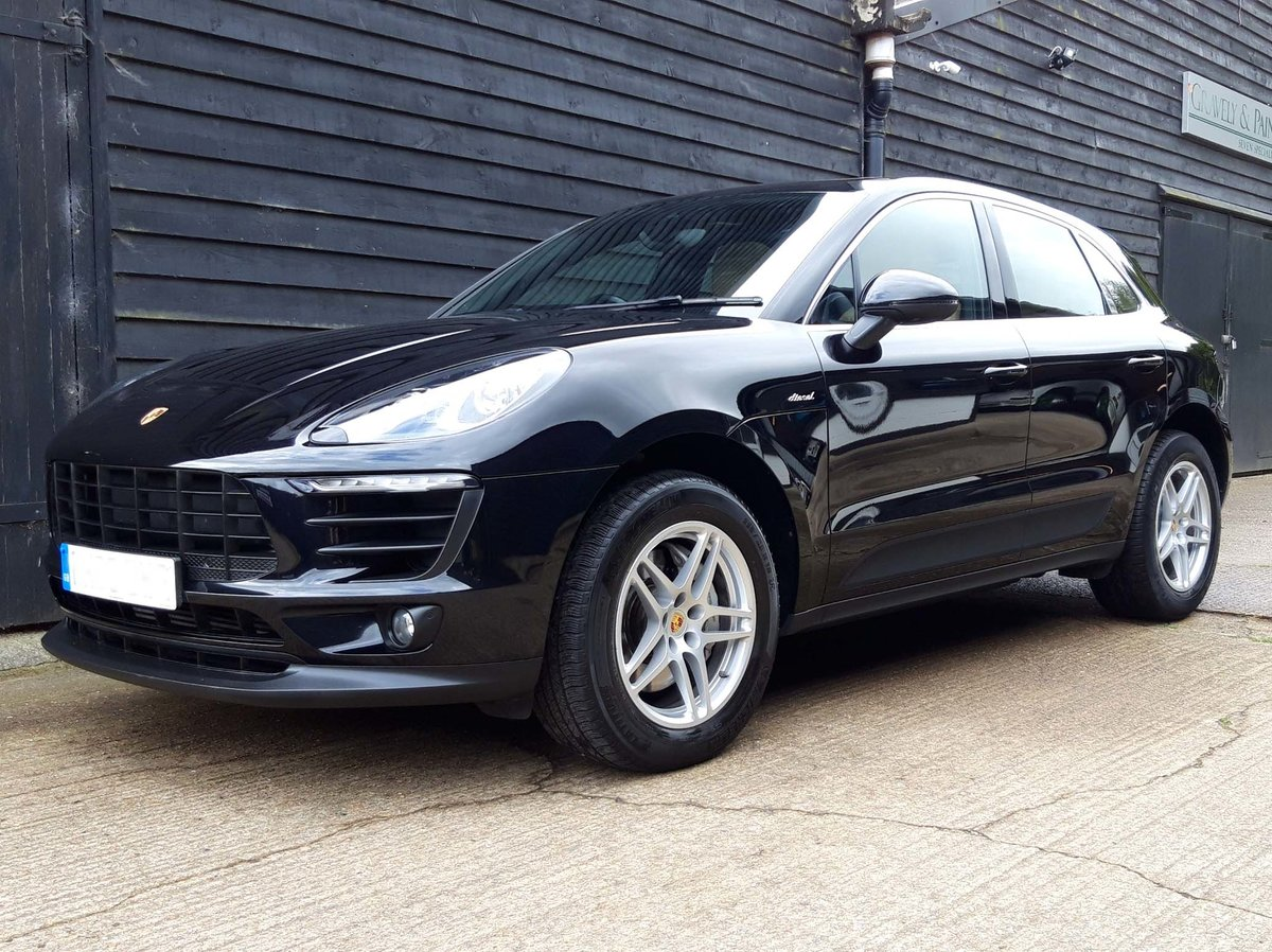 2016 PORSCHE MACAN 3.0TD V6 S (HUGE SPEC: S/Chrono, Pano, Bose) For Sale (picture 4 of 6)