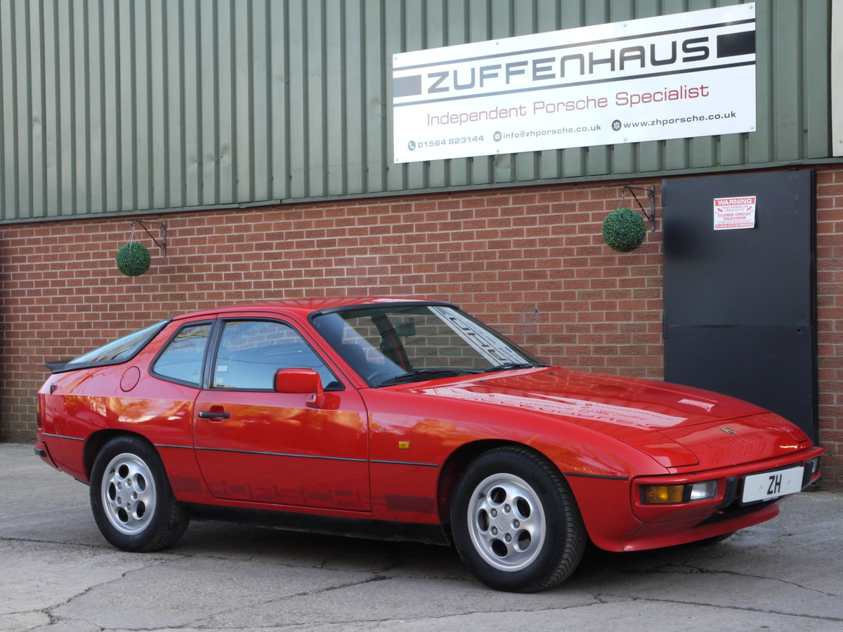 1986 PORSCHE 924 S 2.5LTR For Sale (picture 1 of 6)