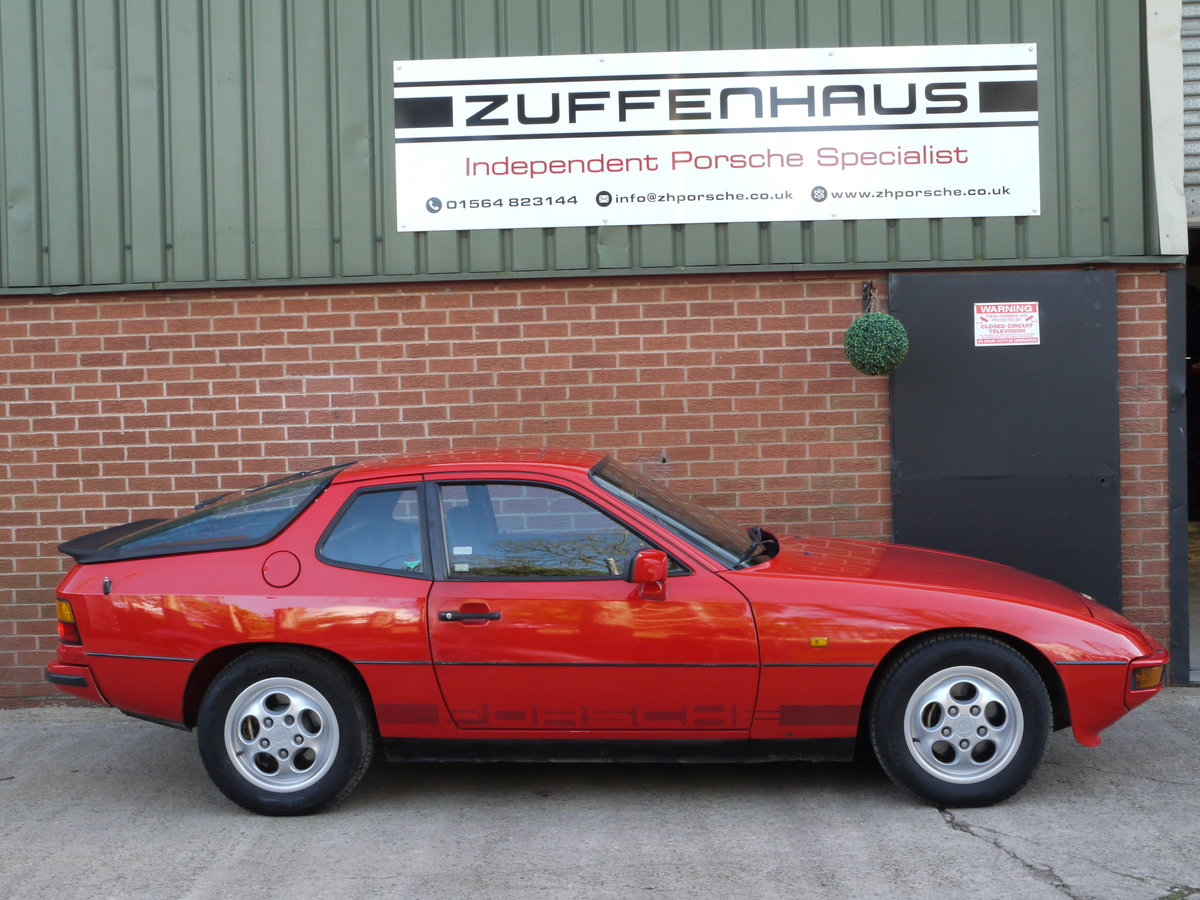 1986 PORSCHE 924 S 2.5LTR For Sale (picture 2 of 6)