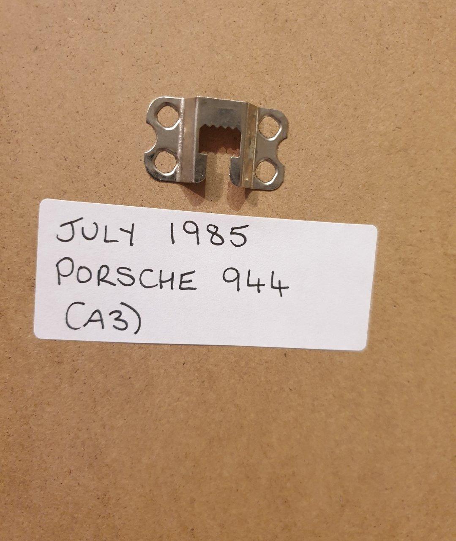 1985 Porsche 944 Framed Advert Original  For Sale (picture 2 of 2)