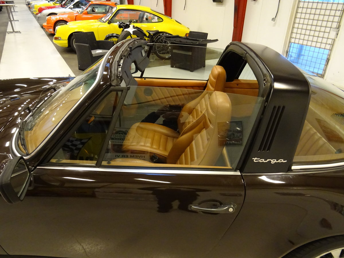 1979 Porsche SC Targa 3.0-liter - Matching numbers car SOLD (picture 11 of 24)