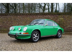 1972 Porsche 911 2.4 T Coupe Matching Numbers, original color sch For Sale