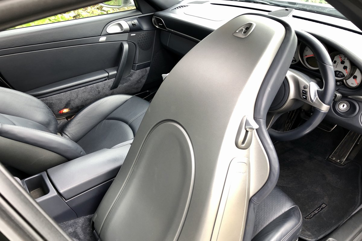 2008 Porsche 997.2 Gen2 Carrera with excellent history  SOLD (picture 4 of 5)