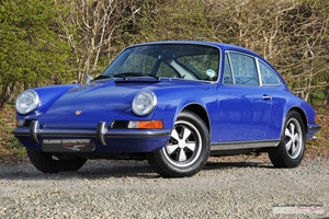 Porsche 911 T 'Lux' 2.4 RHD coupe 1973 model year