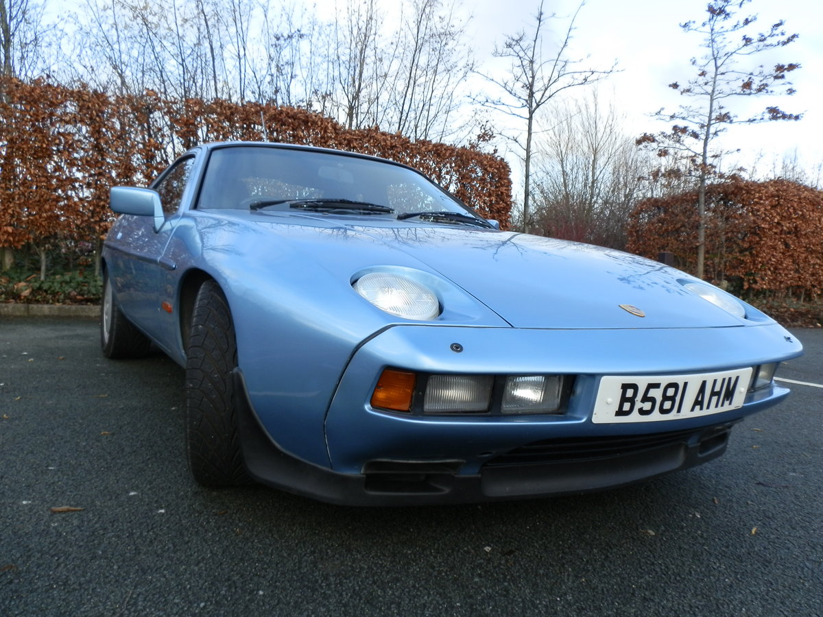 1985 PORSCHE 928 S2 - LOW MILEAGE - GREAT CONDITION For Sale (picture 1 of 5)