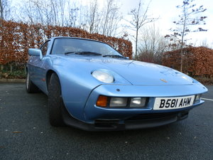1985 PORSCHE 928 S2 - LOW MILEAGE - GREAT CONDITION