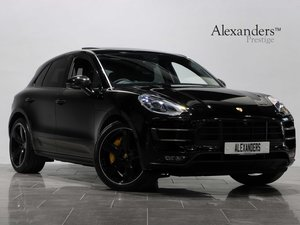17 66 PORSCHE 3.6T MACAN TURBO PERFORMANCE PDK AUTO