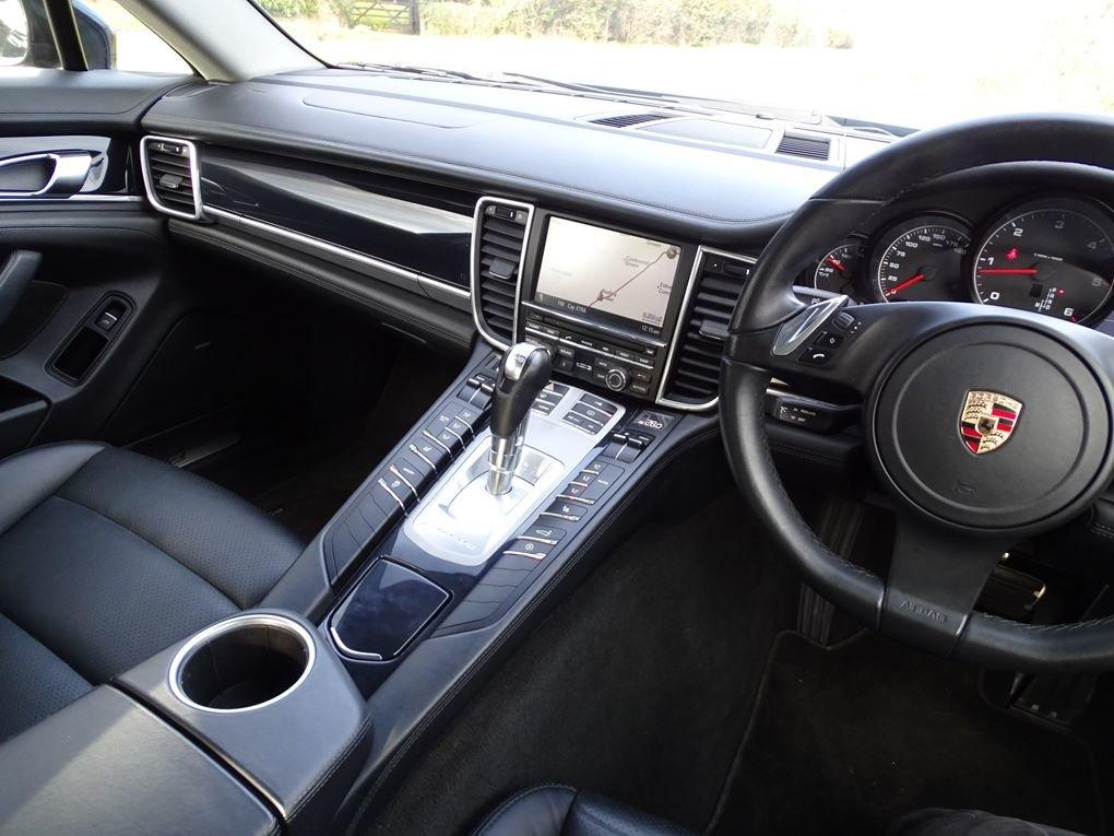 2011 Porsche  PANAMERA  3.0 D V6 DIESEL TIPTRONIC AUTO  24,948 For Sale (picture 6 of 22)