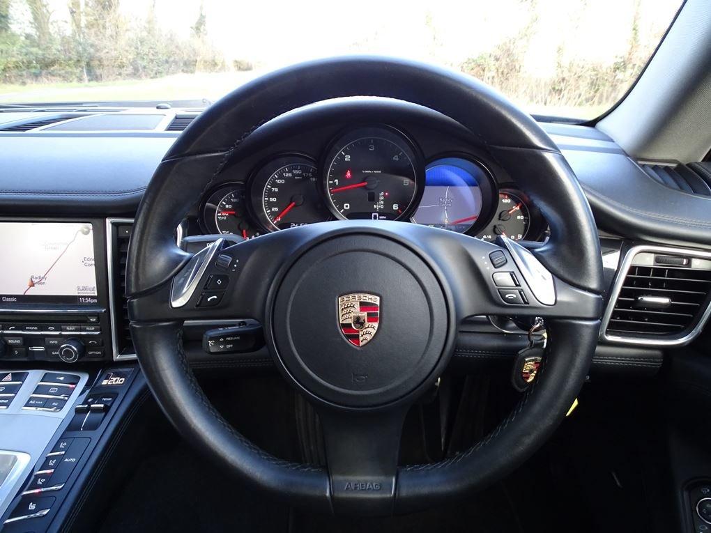 2011 Porsche  PANAMERA  3.0 D V6 DIESEL TIPTRONIC AUTO  24,948 For Sale (picture 7 of 22)