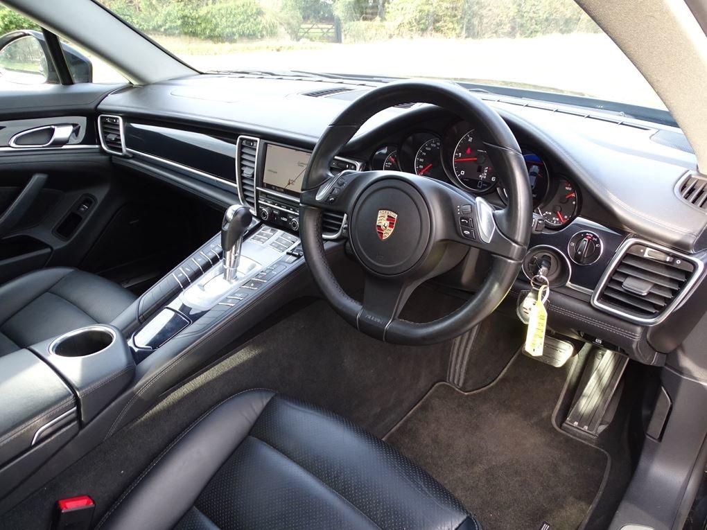 2011 Porsche  PANAMERA  3.0 D V6 DIESEL TIPTRONIC AUTO  24,948 For Sale (picture 11 of 22)