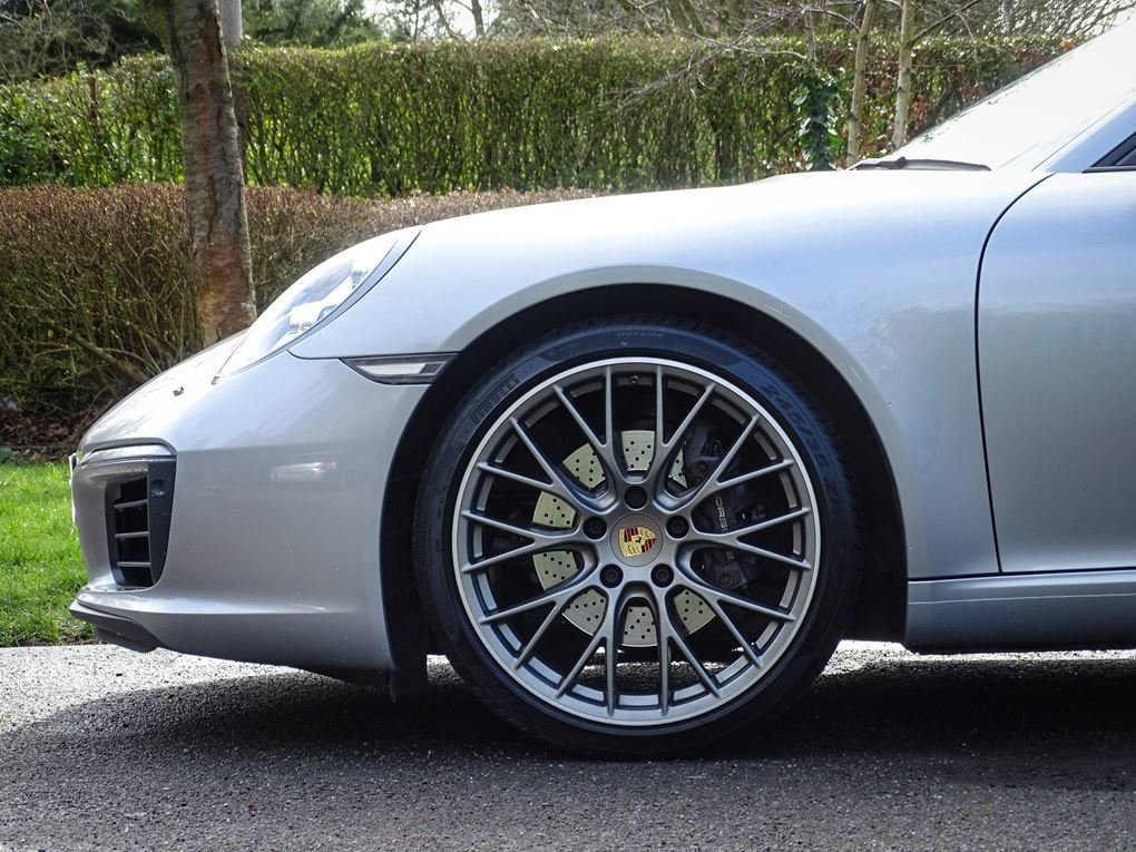 2016 Porsche  911  CARRERA COUPE PDK AUTO  59,948 For Sale (picture 10 of 23)