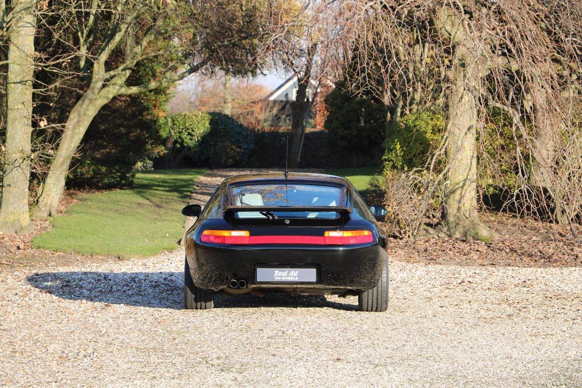 1992 Unique Porsche 928 GTS For Sale (picture 3 of 6)