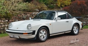 **grand prix white** 911 sc targa 'sport' only 77k