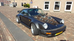 Gorgeous 930 Turbo, Euro version 300hp!
