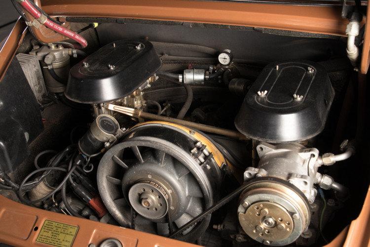PORSCHE 911 2.4T - TARGA - 1972 For Sale (picture 6 of 6)