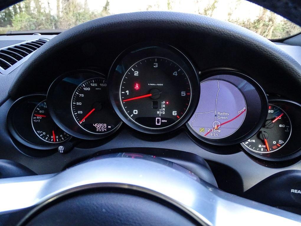 2015 Porsche  CAYENNE  3.0 D V6 TIPTRONIC S AUTO  29,948 For Sale (picture 8 of 19)