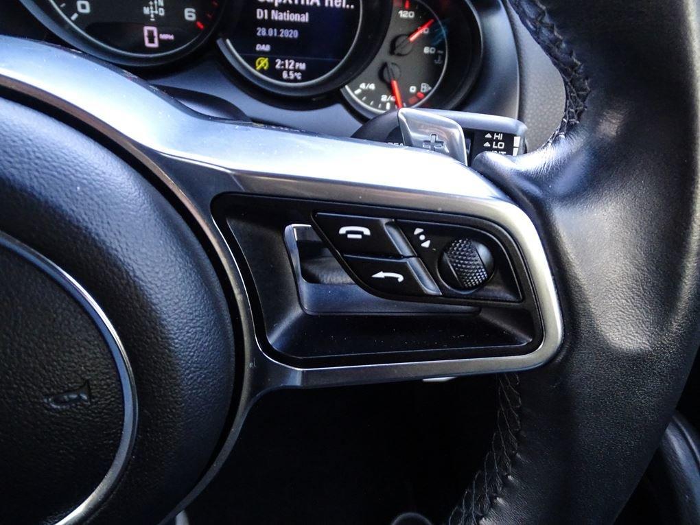 2015 Porsche  CAYENNE  3.0 D V6 TIPTRONIC S AUTO  29,948 For Sale (picture 18 of 19)