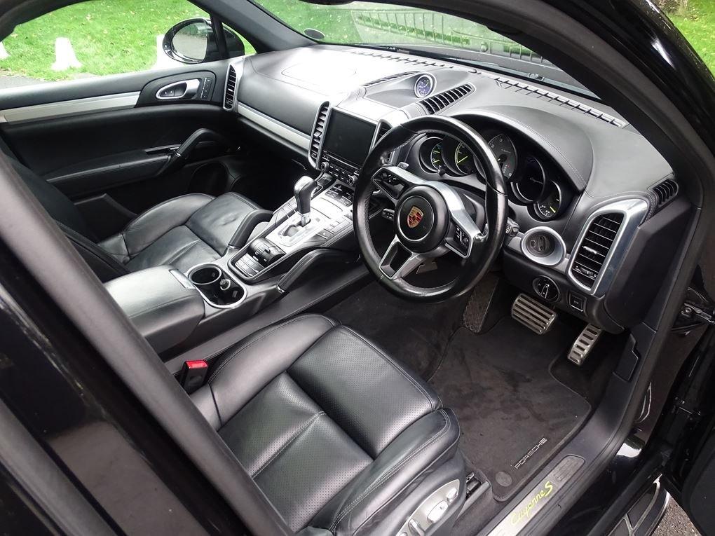 2016 Porsche  CAYENNE  S E-HYBRID PLATINUM EDITION 2017 MODEL 8 S For Sale (picture 21 of 24)