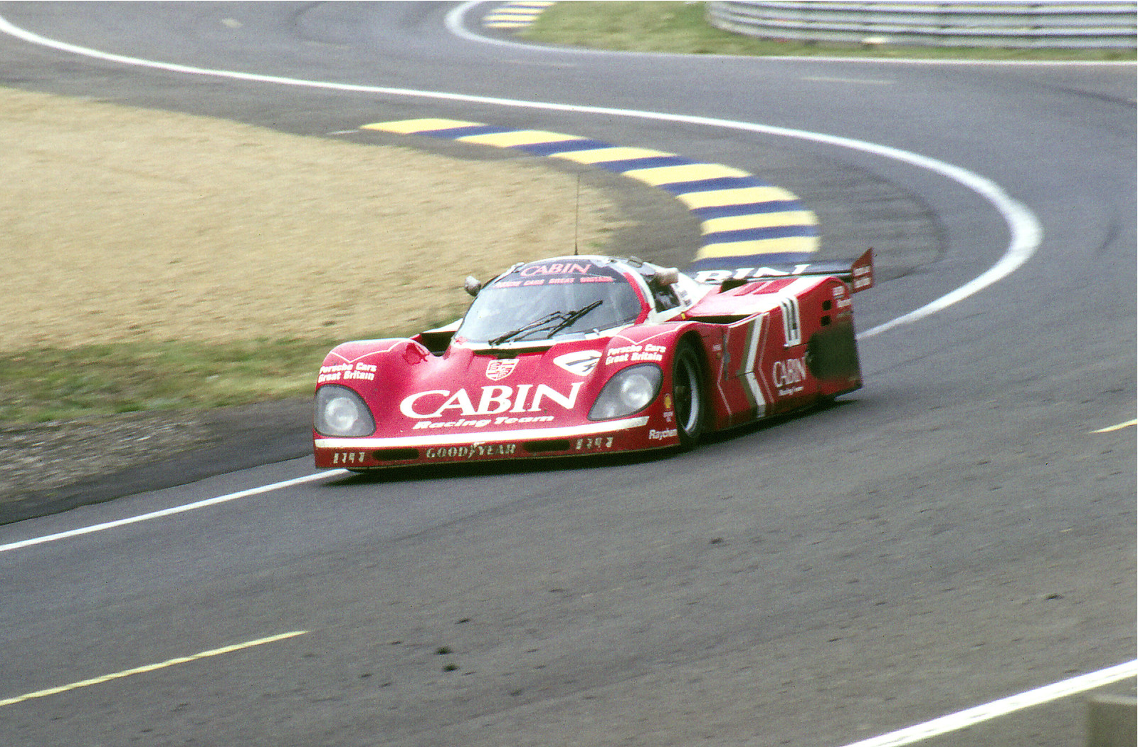 1988 Porsche 962-200 Derek Bell's 1989 World Championship Car For Sale (picture 1 of 6)