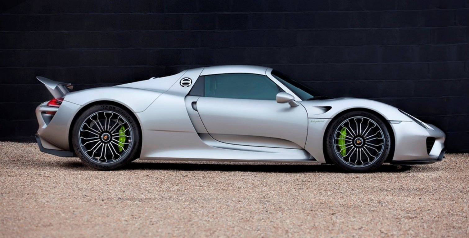 2015 Porsche 918 Spyder For Sale by Auction (picture 2 of 4)