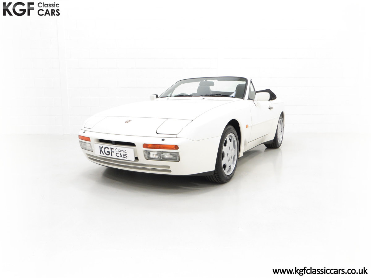 1989 A Collectors Porsche 944 S2 Cabriolet with 12,379 Miles For Sale (picture 6 of 24)