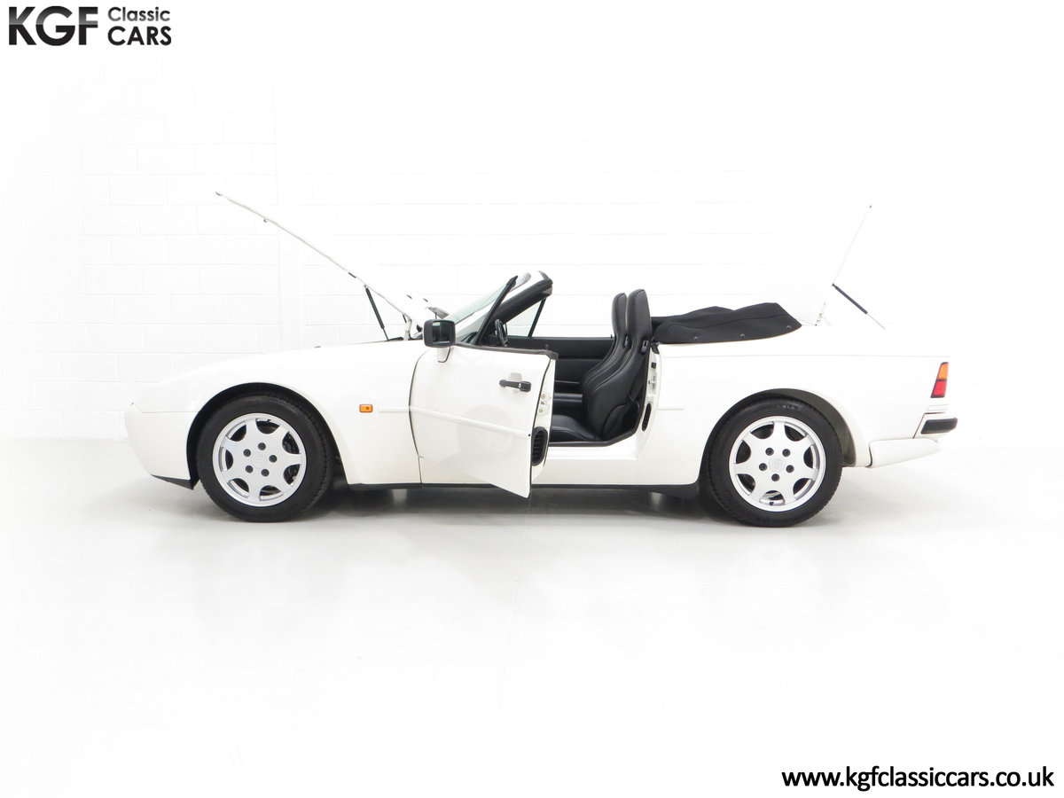 1989 A Collectors Porsche 944 S2 Cabriolet with 12,379 Miles SOLD (picture 7 of 24)