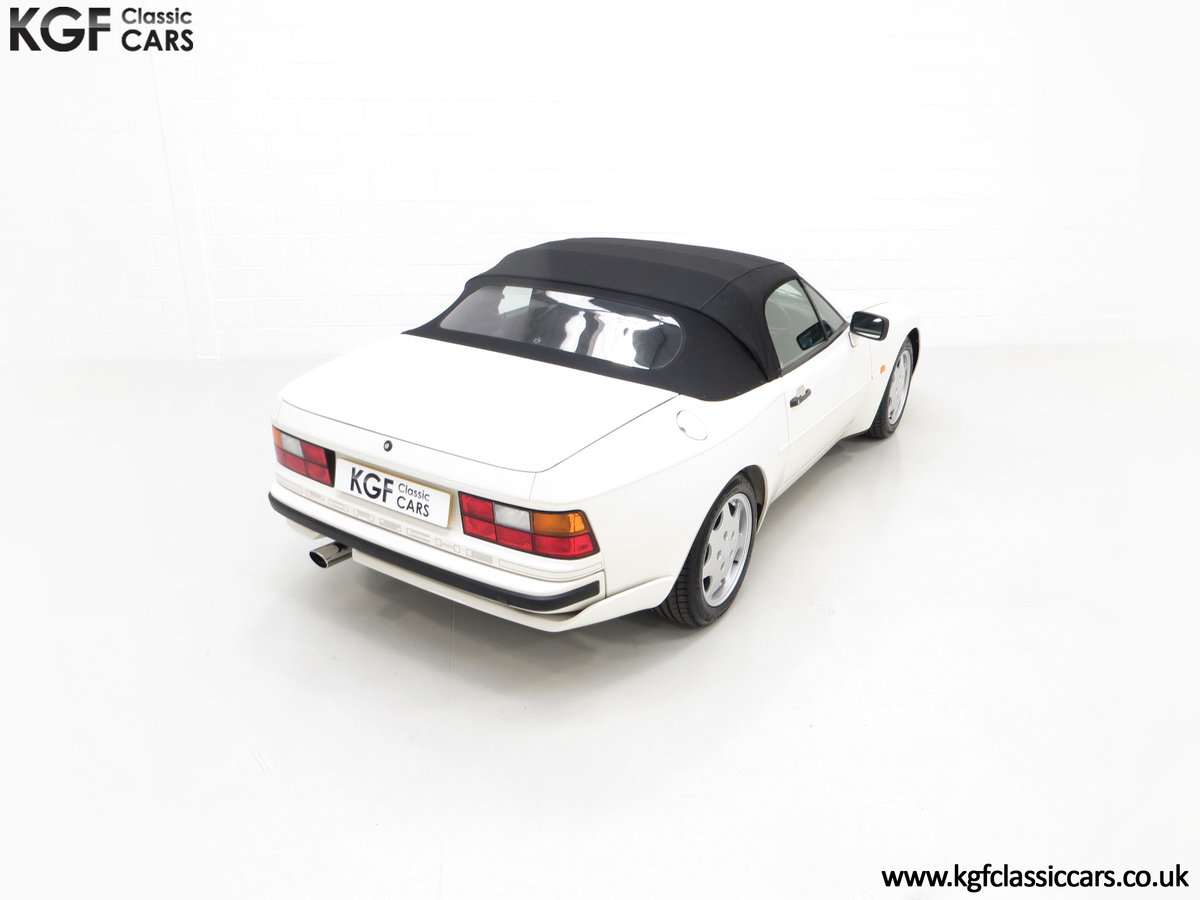 1989 A Collectors Porsche 944 S2 Cabriolet with 12,379 Miles For Sale (picture 12 of 24)