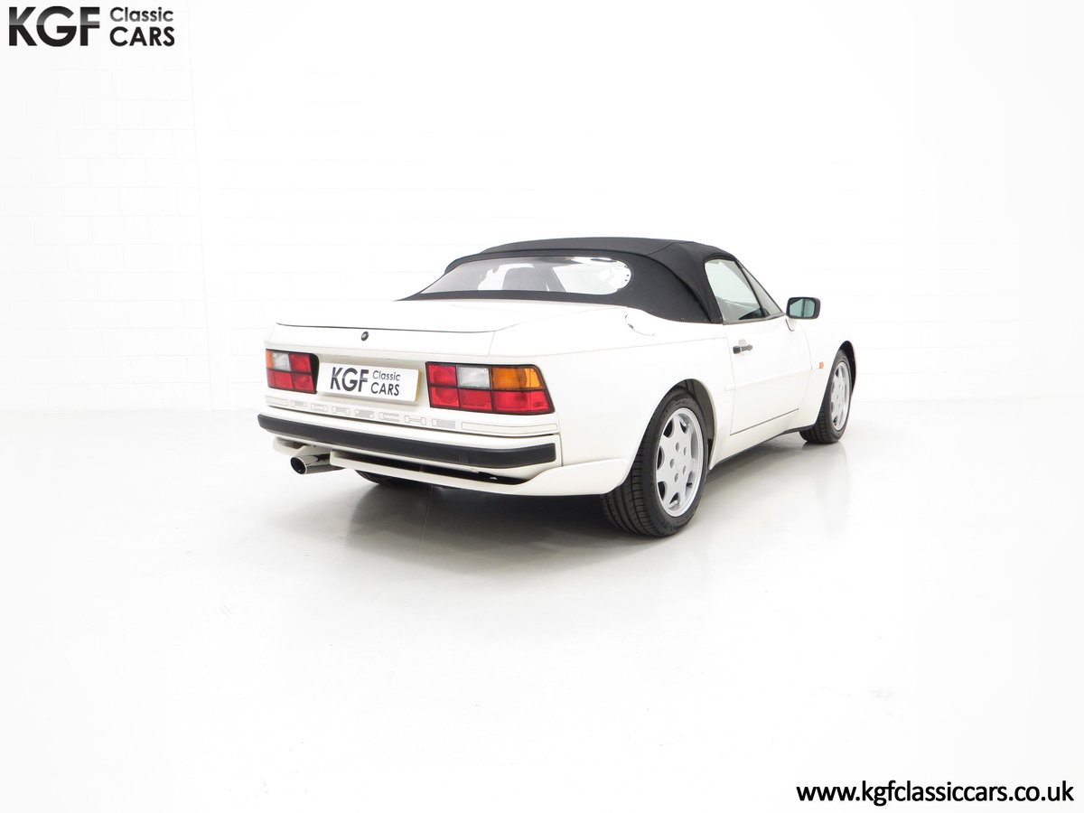 1989 A Collectors Porsche 944 S2 Cabriolet with 12,379 Miles For Sale (picture 13 of 24)