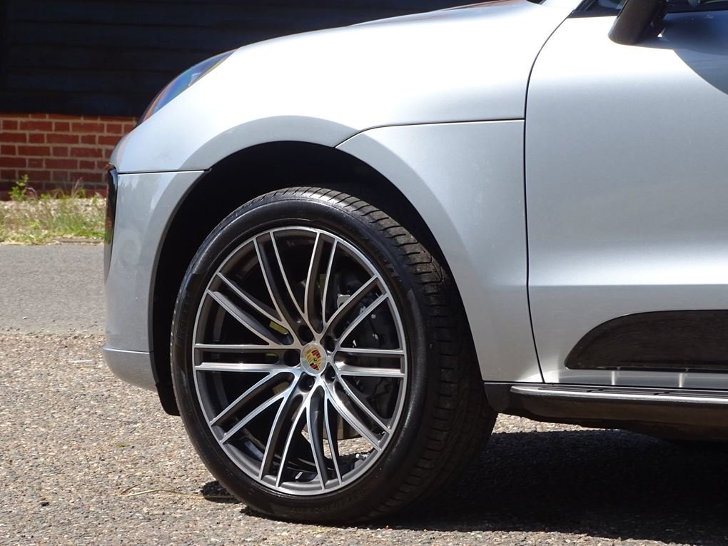 2019 Porsche  MACAN  S PDK 3.0 AUTO  49,948 For Sale (picture 7 of 24)