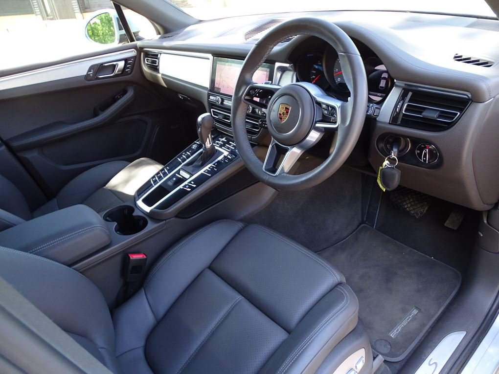 2019 Porsche  MACAN  S PDK 3.0 AUTO  49,948 For Sale (picture 9 of 24)